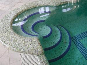 medence felújítás, fugázás, penész