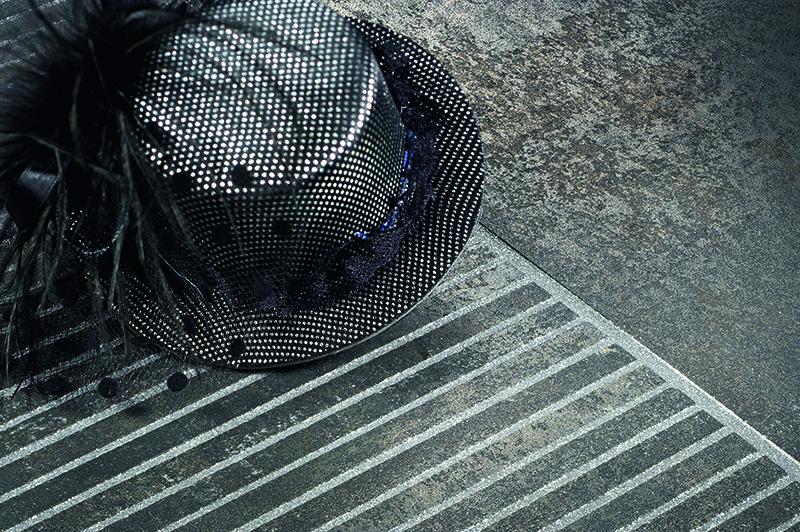 maly czarny kapelusz 645